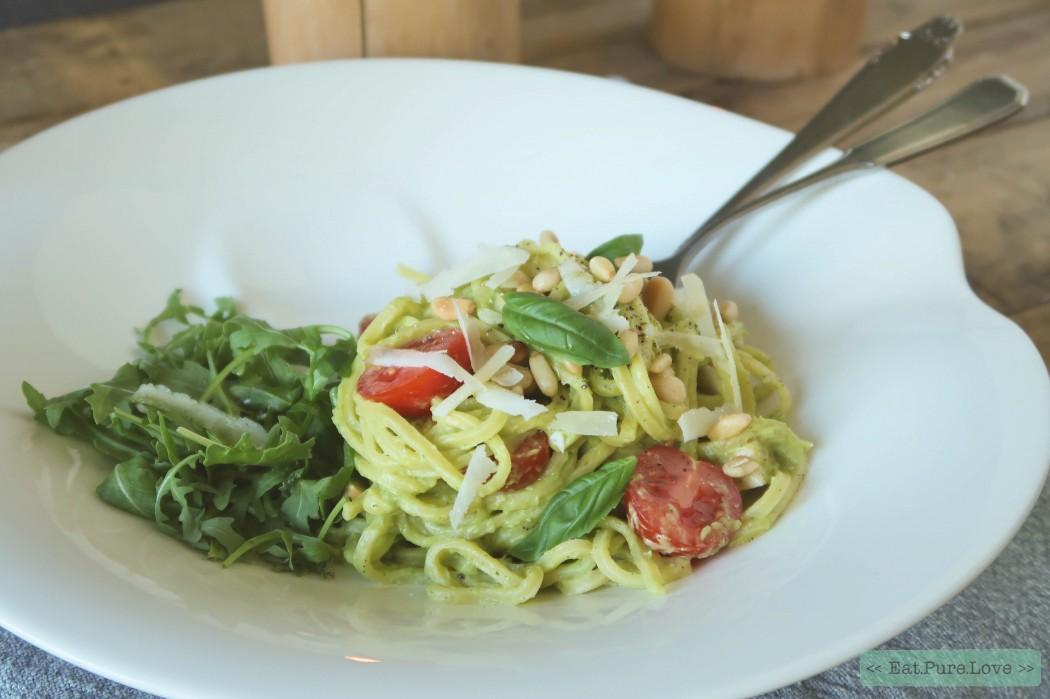 Spaghetti met romige avocadosaus 1.JPG Spaghetti met romige avocadosaus