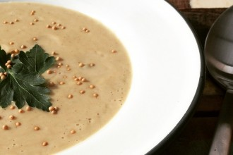 Indiase bloemkool soep met garam masala