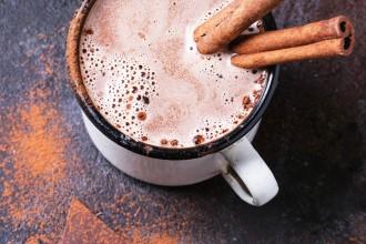 Zuivelvrije en suikervrije chocolademelk
