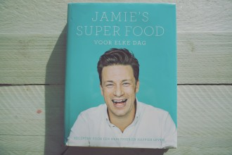Jamie's superfood + win een exemplaar