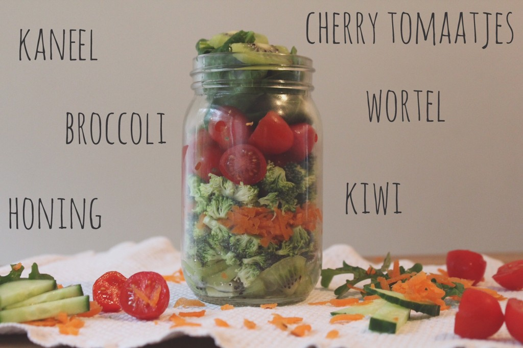 Zo maak je de perfecte salad in a jar