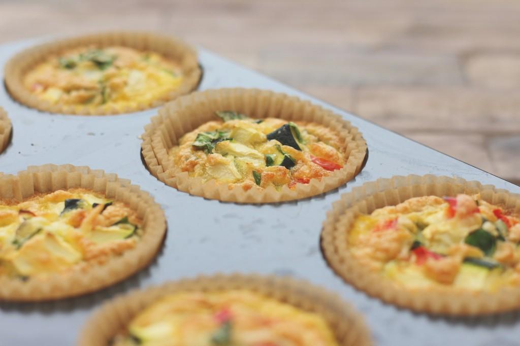 ei muffins boordevol groente