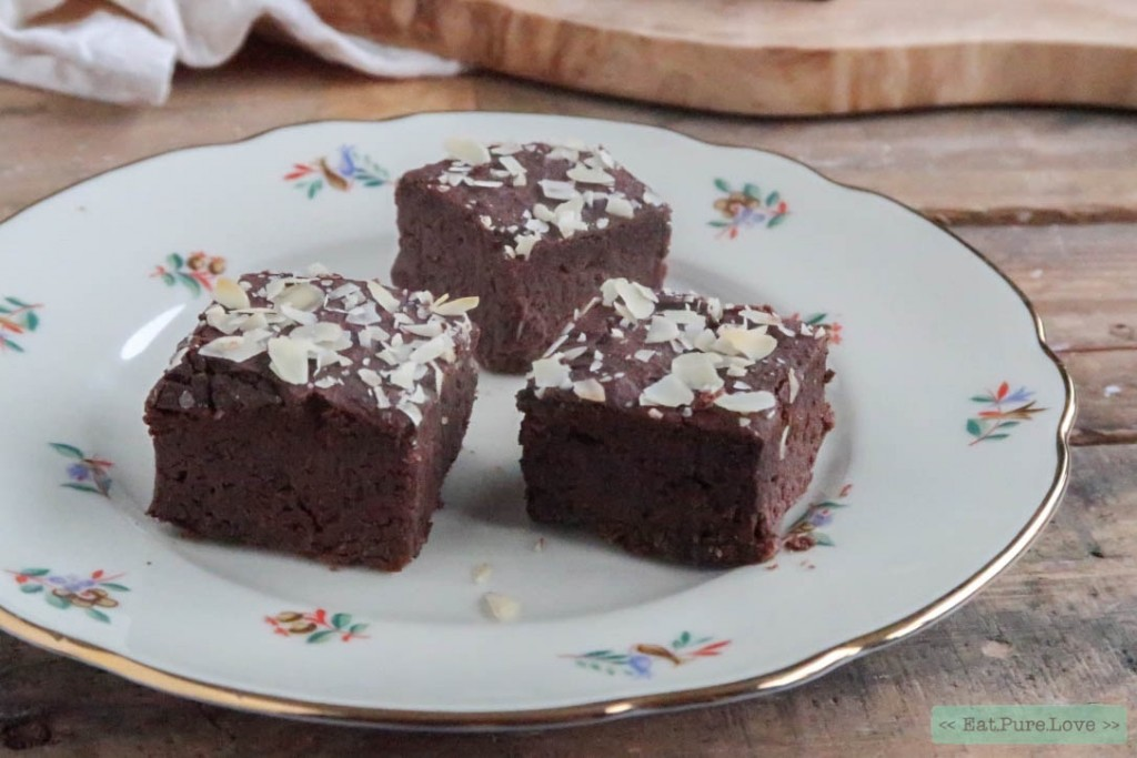 Glutenvrije chocolade brownies van zwarte bonen