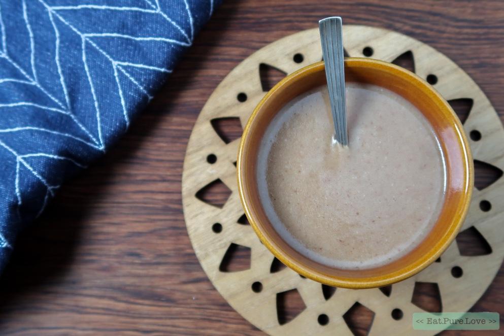 Het recept voor gezonde karamelsaus met kokosmelk