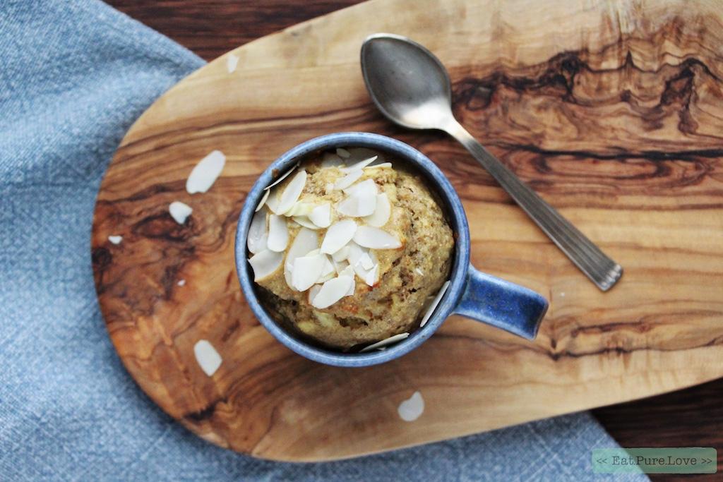 Glutenvrije appeltaart mug cake uit de oven