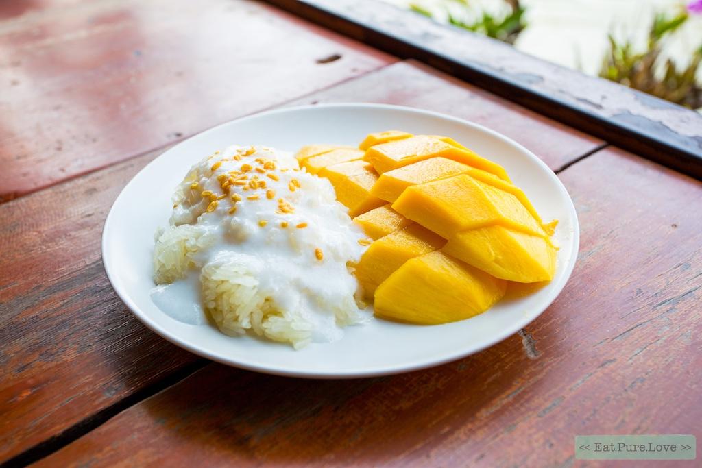 Typisch Thais: mango met kleefrijst (khao niaow ma muang)