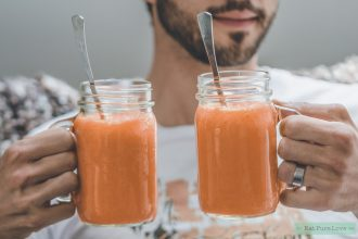 vegan carrot cake smoothie