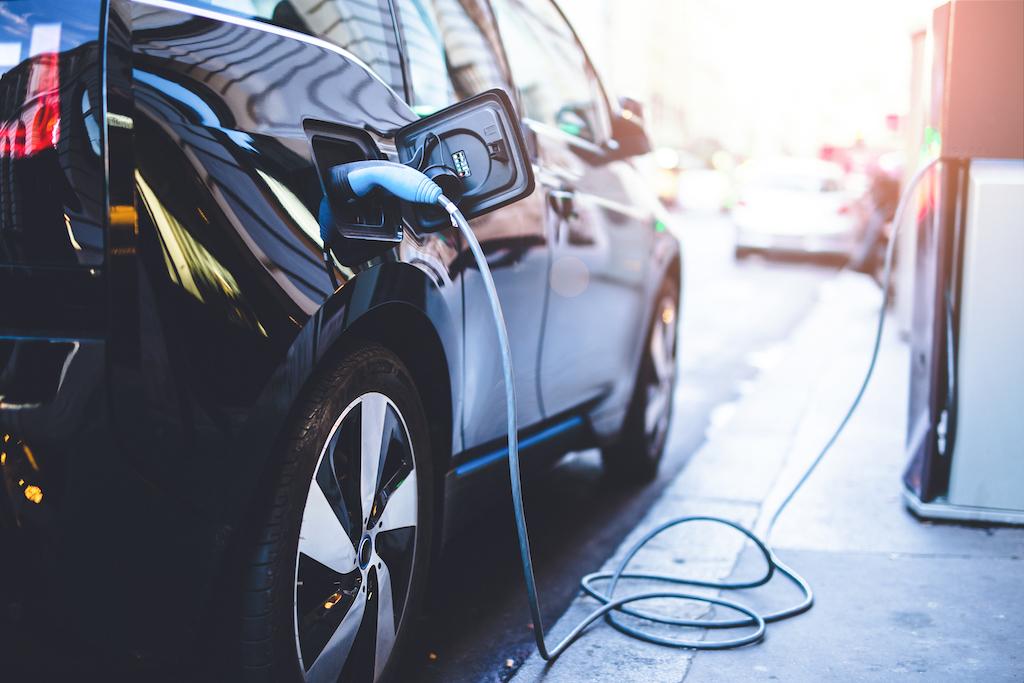 Rijden op waterstof of 'gewoon' elektrisch rijden? Alle ins and outs op een rijtje!