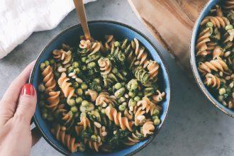 vegetarische pasta met muntpesto