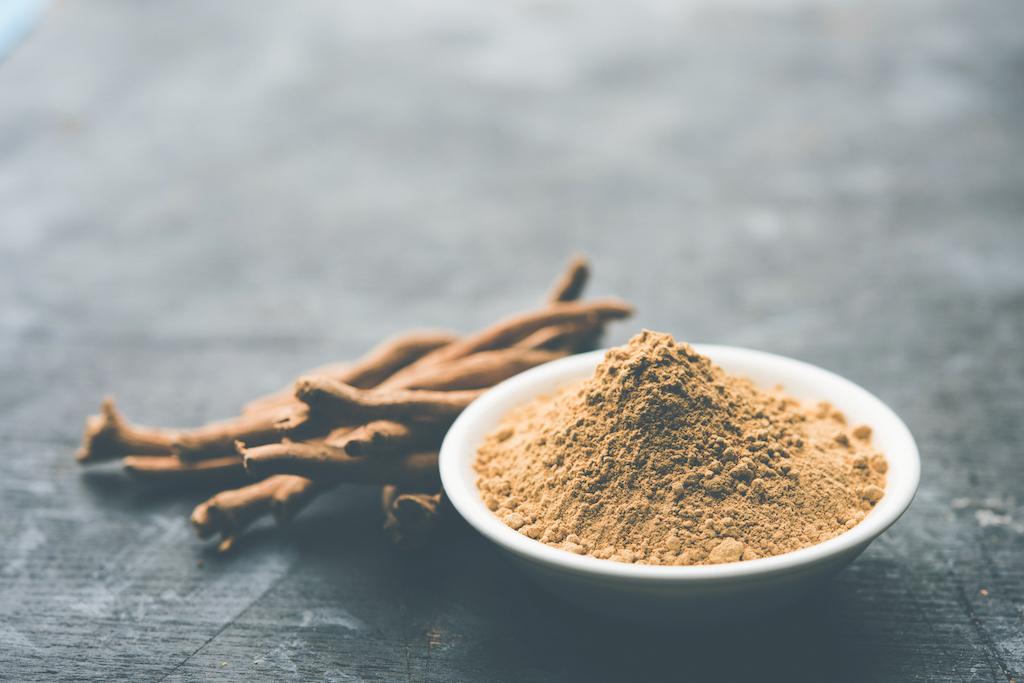 Ashwagandha: dit is hoe dit ayurvedische kruid jou kan helpen bij stressvermindering