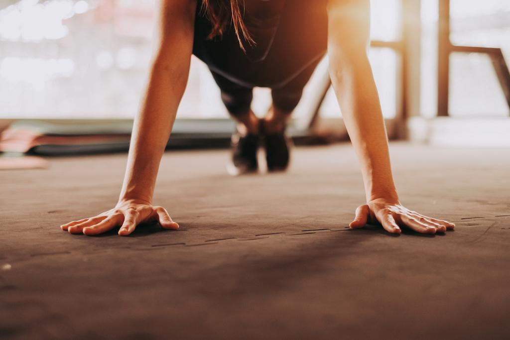 Thuis trainen: zo maak je jouw eigen  fitnessruimte thuis!